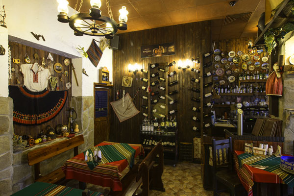 Mehana Mamin Kolyo Traditional Bulgarian Restaurant